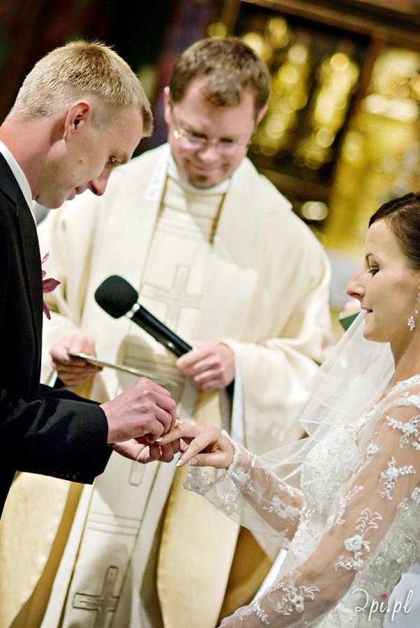 zdjęcia ślubne, kościół św. Wojciecha