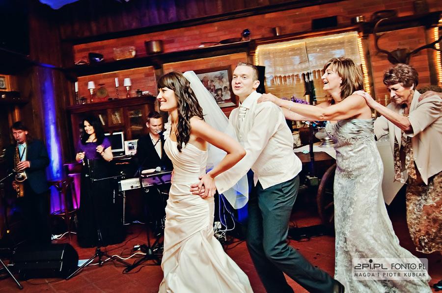 zdjęcia ślubne  stara stajnia pleszew