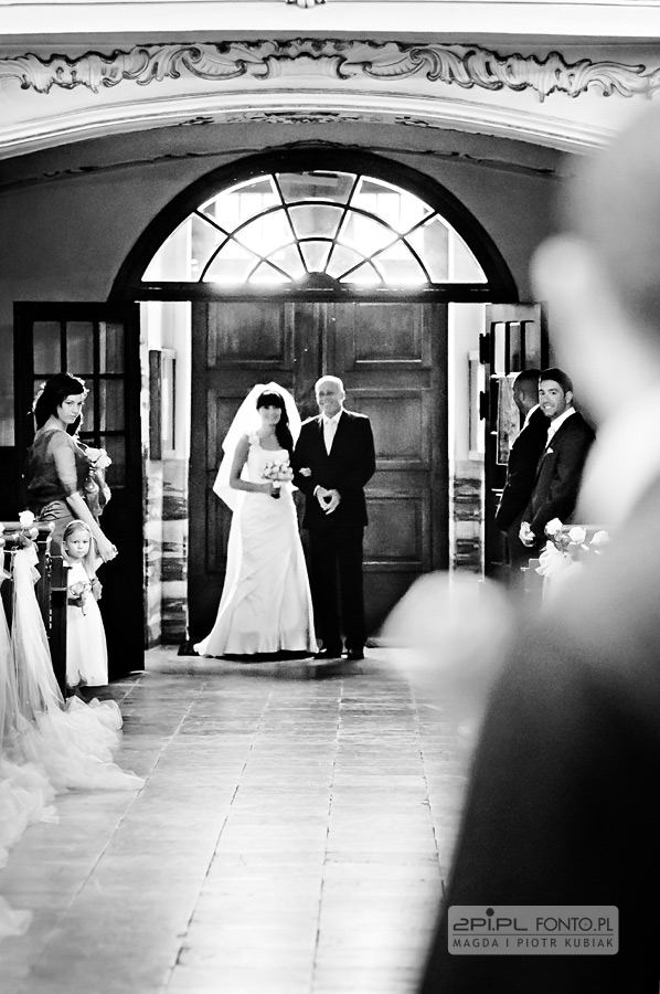 fotografia ślubna stara stajnia